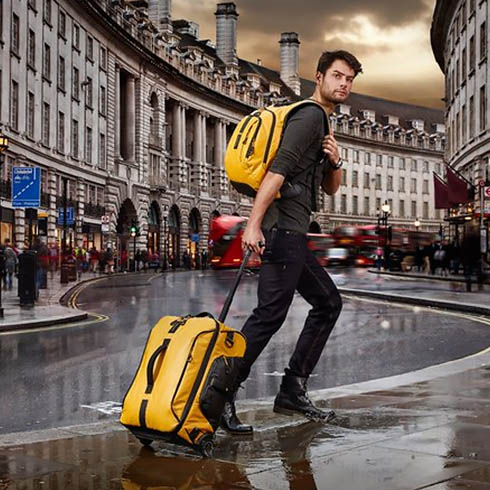 Amarillo Yellow Bolsa de viaje con ruedas 55 cm - 48.5 L S Samsonite Paradiver Light