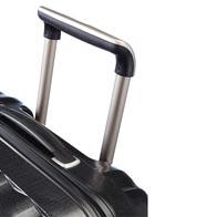 Asas de transporte integradas y tirador ergonómico.